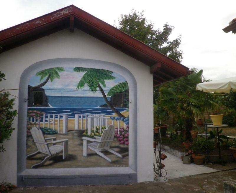 Trompe l 39 oeil sur porte de garage - Peinture pour mur de garage ...